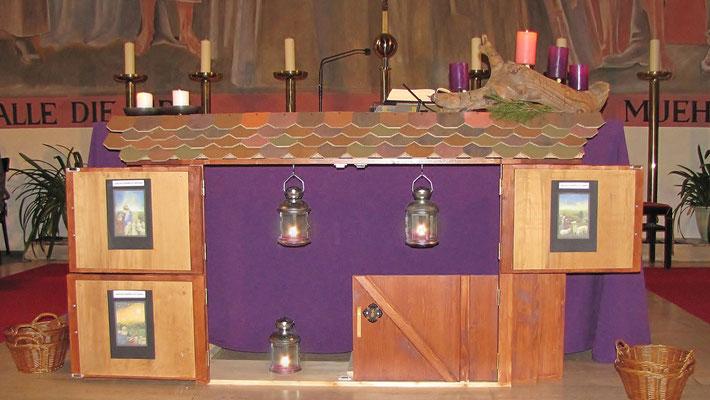 Dritter Adventsonntag, die dritte Laterne hängt im dritten Stallfenster