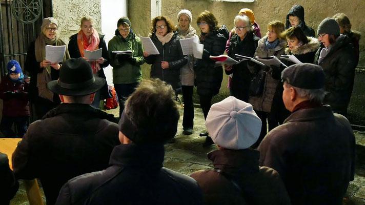 Vierter Adventsamstag, es singen Vroni Wirth & Chor