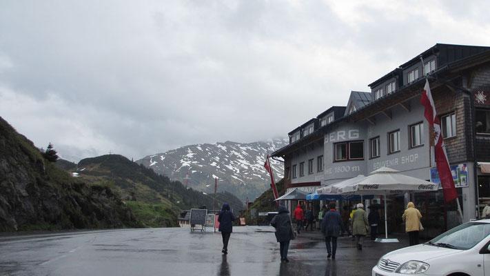 Montag: Arlberg Pass