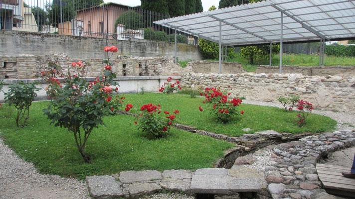 Sonntag: Römische Villa mit Mosaikböden in Desenzano