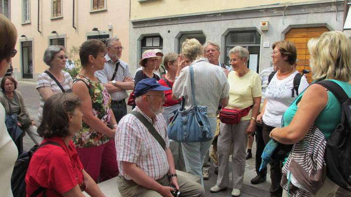 Freitag: Stadtführung in Como am Como See