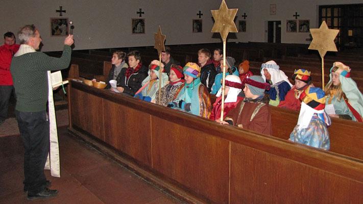 Montag: Segnung der Sternsinger und der Kreide