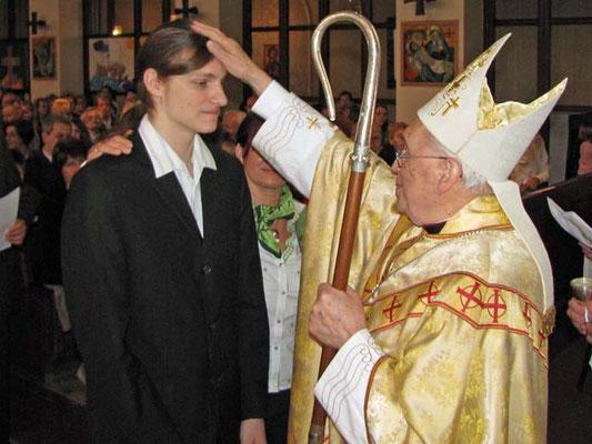 Firmung durch Weihbischof Krätzl.