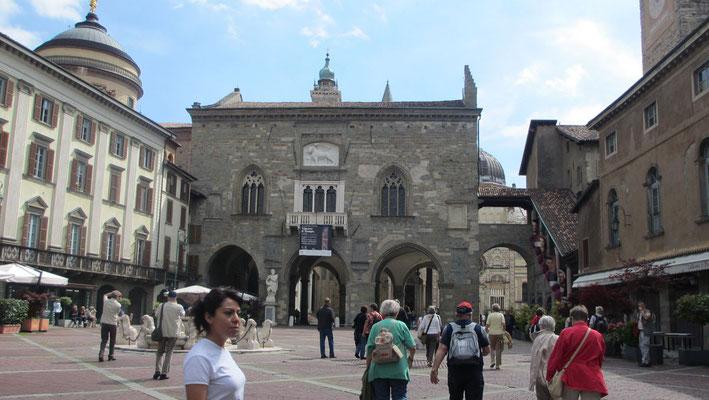 Montag: Palazzo della Regione in Bergamo