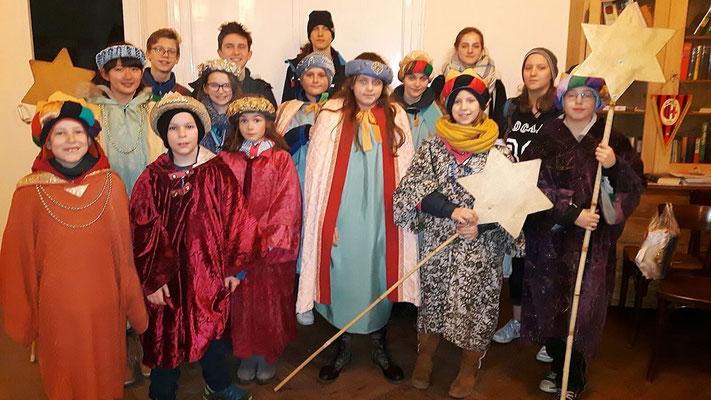 Vierter Tag: 16 Kinder und Begleiter, 4 Gruppen.