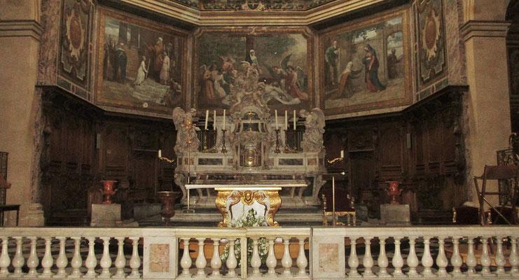 Mittwoch: Bordeaux, Eglise Notre Dames, Altar