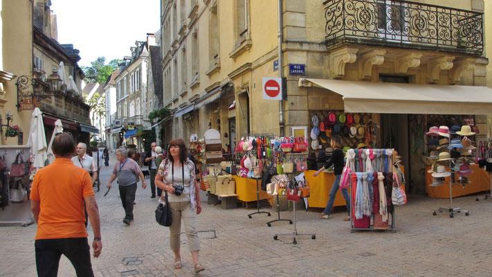 Montag: Sarlat-le-Caneda Stadtrundgang (2 von 3)