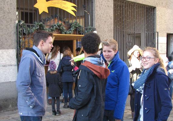 Vierter Adventsonntag nach der Messe, Sternsinger Begleiter nach der ersten Sternsinger Probe