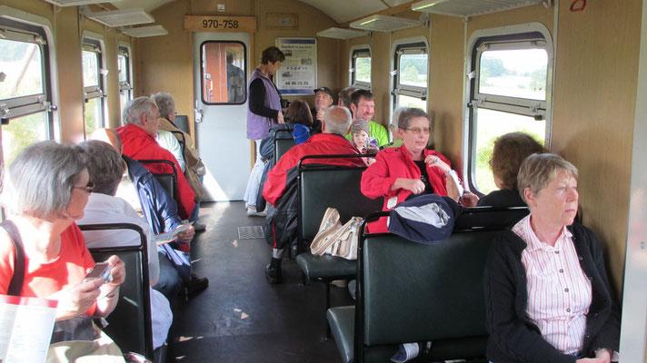 Montag: Die Fahrt im Rasenden Roland dauert ein halbe Stunde.