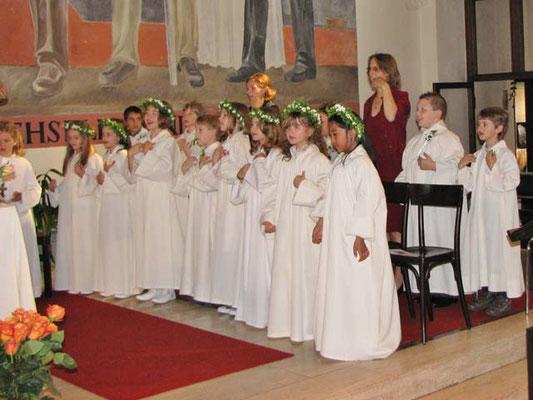 Die Gruppe rechts vom Altar.