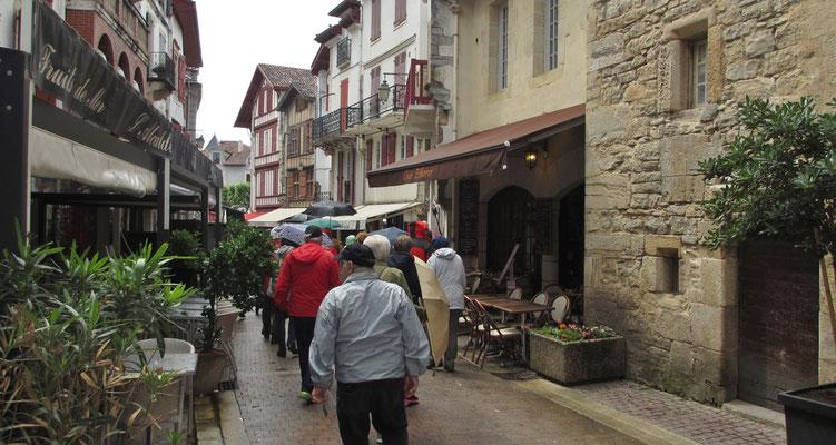 Freitag: St. Jean de Luz, Stadtrundgang (1 von 3)