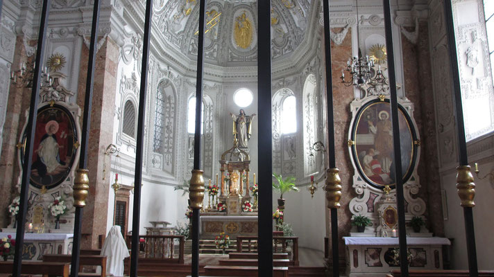 Montag: Herz Jesu Kirche in Hall in Tirol (innen)