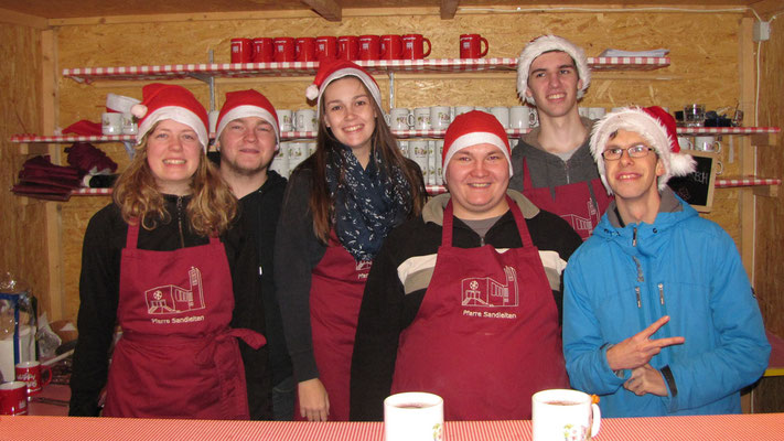Dritter Advent Samstag, Punschhütten Team