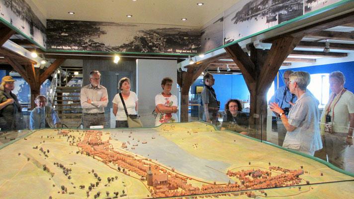 Donnerstag: Im alten Zollpackhaus des Schifffahrtsmuseums gibt es ein Stadtmodell aus der Flensburger Blütezeit um 1600.
