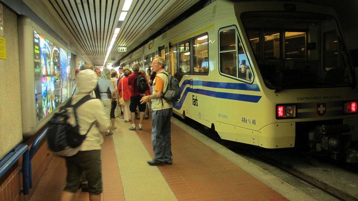 Mittwoch: Abfahrt von Domodossola mit der Centovalli Bahn nach Locarno