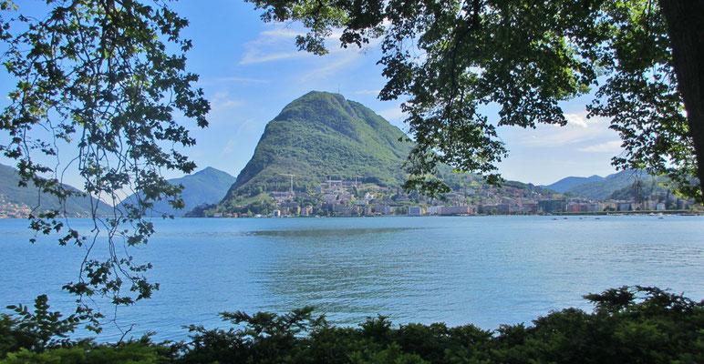 Mittwoch: Blick von Lugano auf den Lugano See