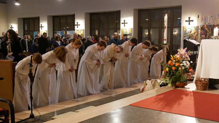 Auferstehungsfeier am Ostersonntag  um 5:00 Früh, Auszug