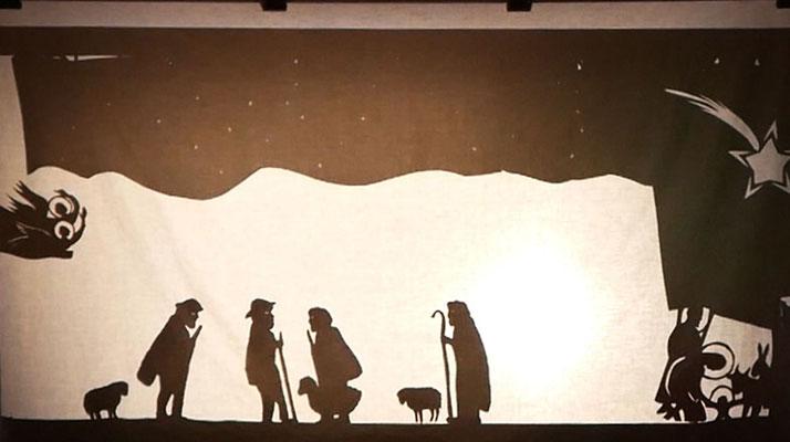 Kindermette, das Evangelium als Schattentheater