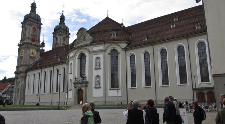 Mittwoch: Stiftskirche von St.Gallen.