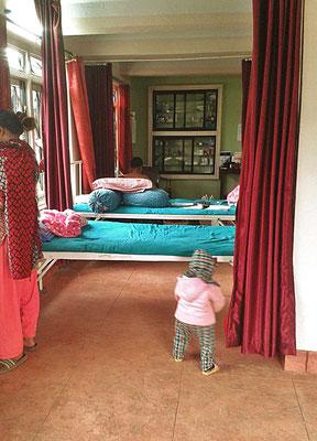 Unterstütztes Projekt Acupuncture Relief Project Nepal Medizinische Erstversorgung Behandlungsraum