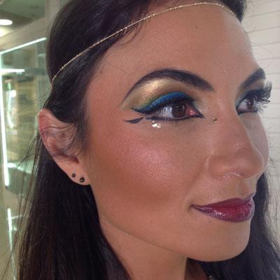 un maquillage de soirée déguisée