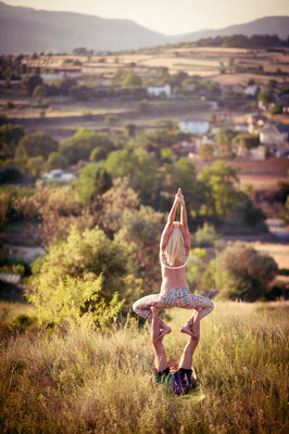 Flyer: Svetlana Abela http://www.poweryogaworld.com/ Base: Juan Carlos Russo
