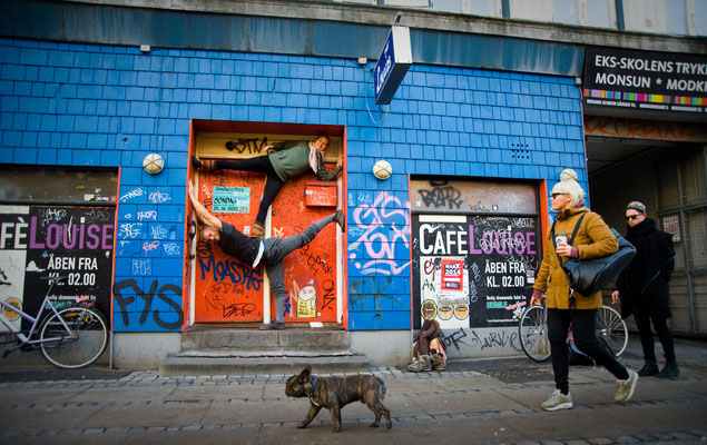 Flyer: Line Bangsbo Andersen http://www.akroyoga.com/ Base: Jeppe Skovgaard http://www.jeppeskovgaard.com/