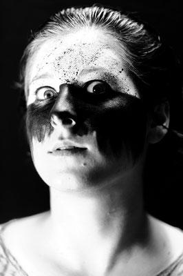Foto: Dino Bossnini - MakeUp: Philippa Anna Kronberger (2018)