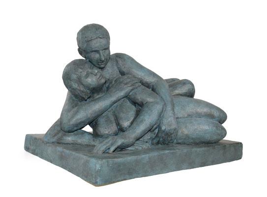 13  Liegendes Paar  2011   Gips/Acryl patiniert   Verkauf nur in Bronze