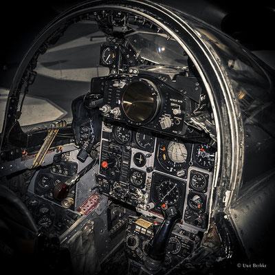 McDonnell-Douglas FGR 2 Phantom