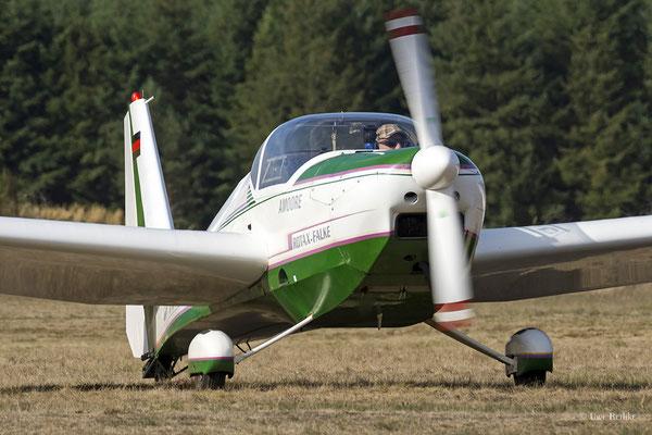 Scheibe SF-25C Falke - D-KIEW?