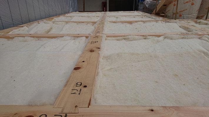 R元年公募型事業応募予定:新築物件_土台及び床下羊毛断熱工事