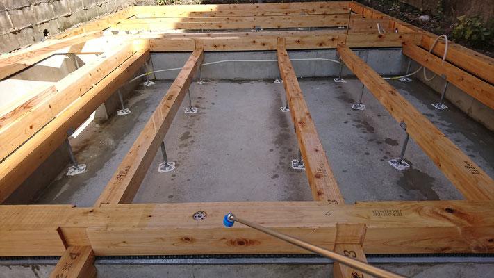 木のまちづくり事業_新築土台防蟻「オクトボー」施工