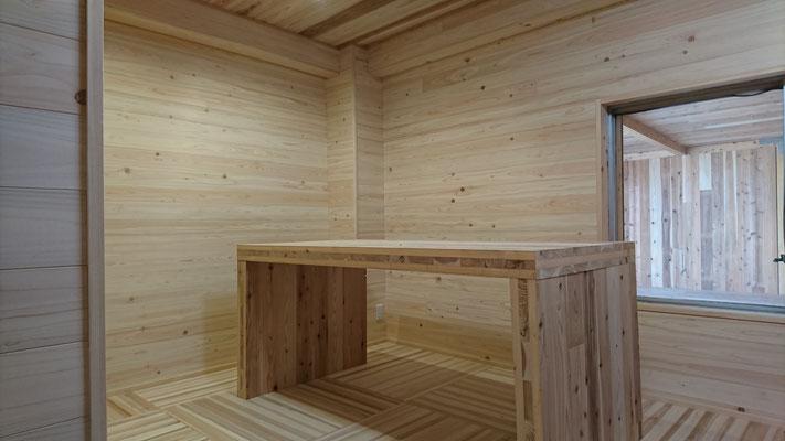 公募型木のまちづくり推進事業_4F室内完成・塗装待ち