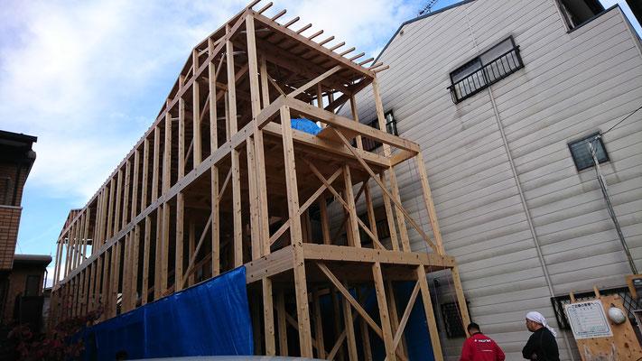 公募型木のまちづくり事業_新築棟上げ完了