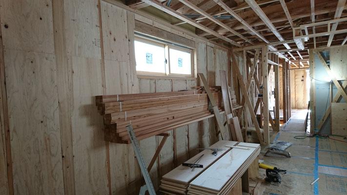 公募型木のまちづくり事業_1F天井垂木