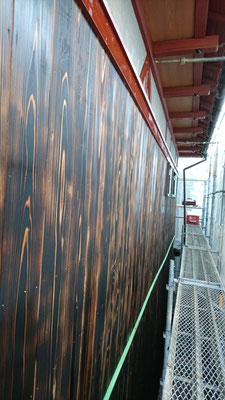 H様邸改装工事_京都北山丸太生産協同組合様による府産材オリジナル焼杉の外壁