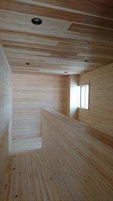 公募型木のまちづくり推進事業_4Fホール完成・塗装待ち