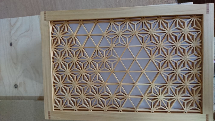 照明に組子細工をオリジナル造作