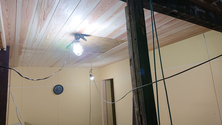 R元年公募型事業応募予定:改装物件_木工事:柱・間柱・胴縁・天井垂木施工後