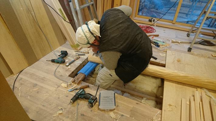 公募型木のまちづくり事業_新築:客室床の間北山杉刻み中