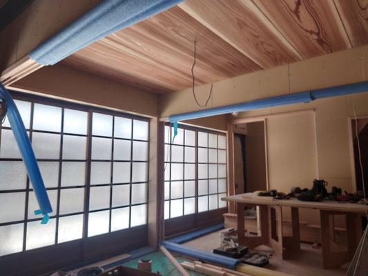 京町家改装工事_天井板は杉で新設