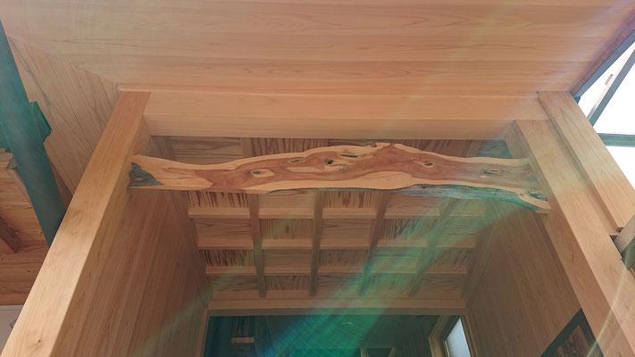 格天井造作付きの門扉造作