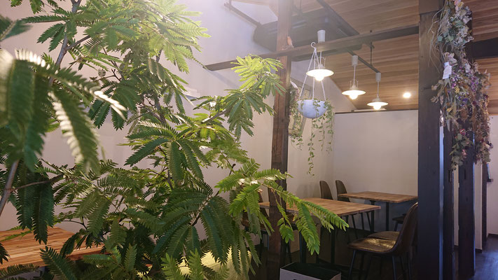 MONOMONO CAFE