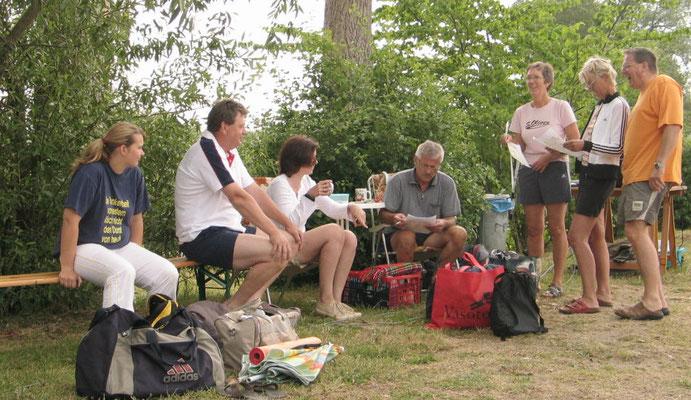 Das sind Teilnehmer der Volleyballsparte in Stapel