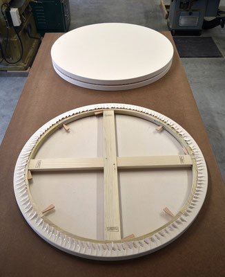 Fully keyable circular canvases from DoubWorks