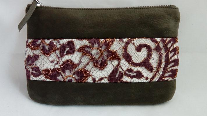idée cadeau, pochette, trousse,cuir, dentelle, made in France, artisanal, créateur, haut de gamme