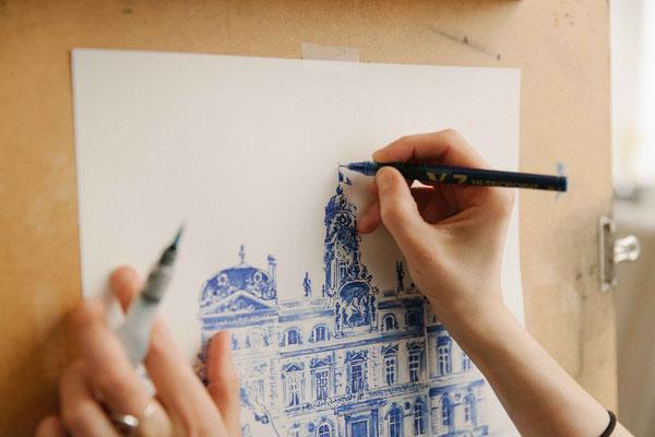 04.  Dessin de ville -Artiste  Audrey Apruzzese - Dessinatrice et illustratrice  Lyonnaise - Hôtel de ville de Lyon  Patrimoine