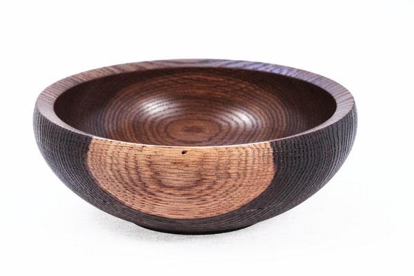 Holzart: Eiche geräuchert     Durchmesser 20 cm    Höhe 7 cm   Oberfläche Hartwachsöl