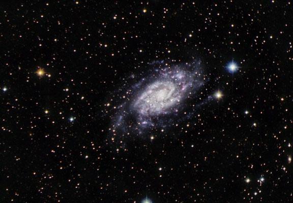 NGC2403, L=20x300s, R, V, B = 10x180, T60 Pic du Midi